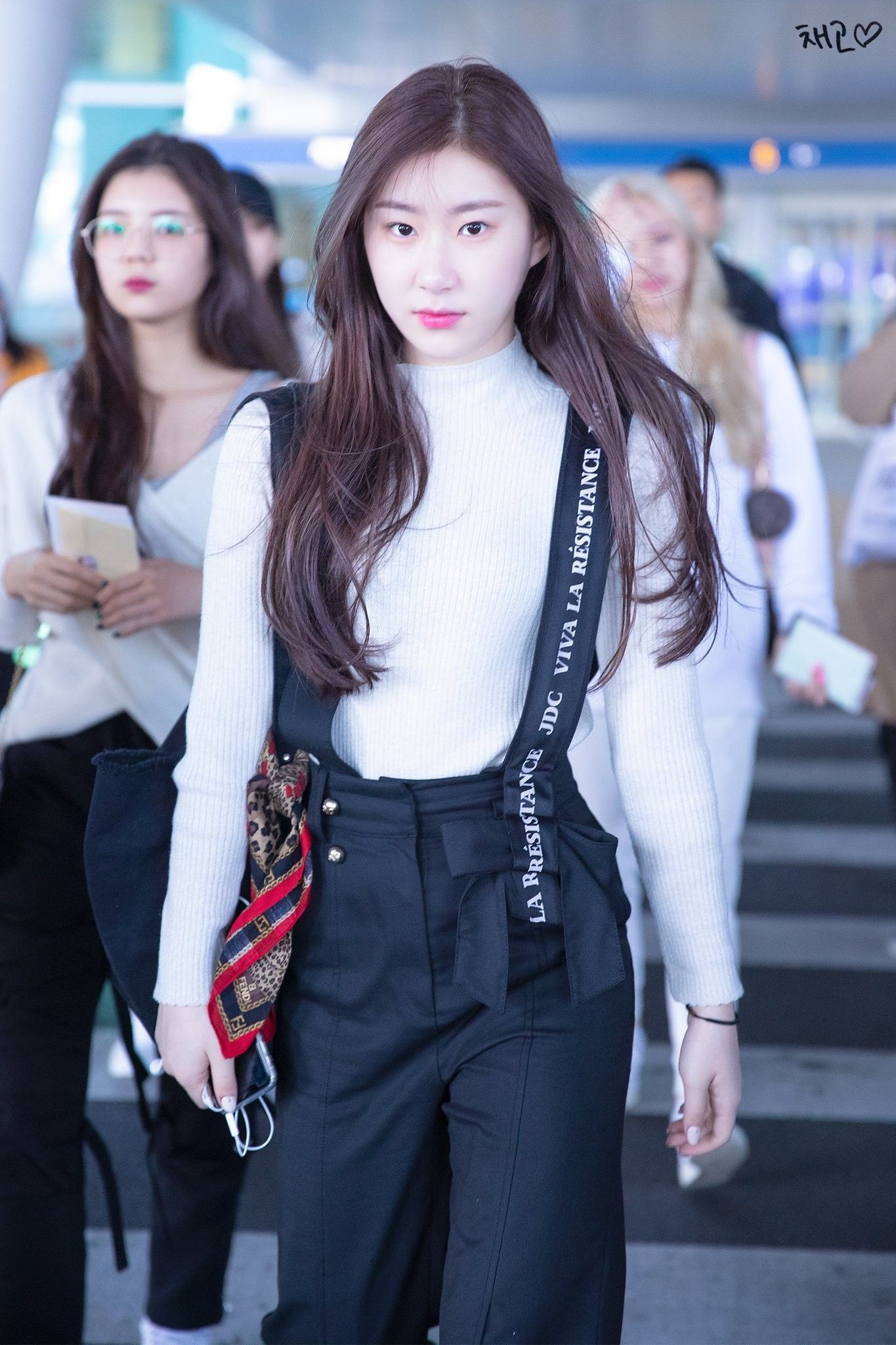 Itzy Chaeryeong 191103 Incheon Airport From Indonesia Itzy Fashion Girl Fashion