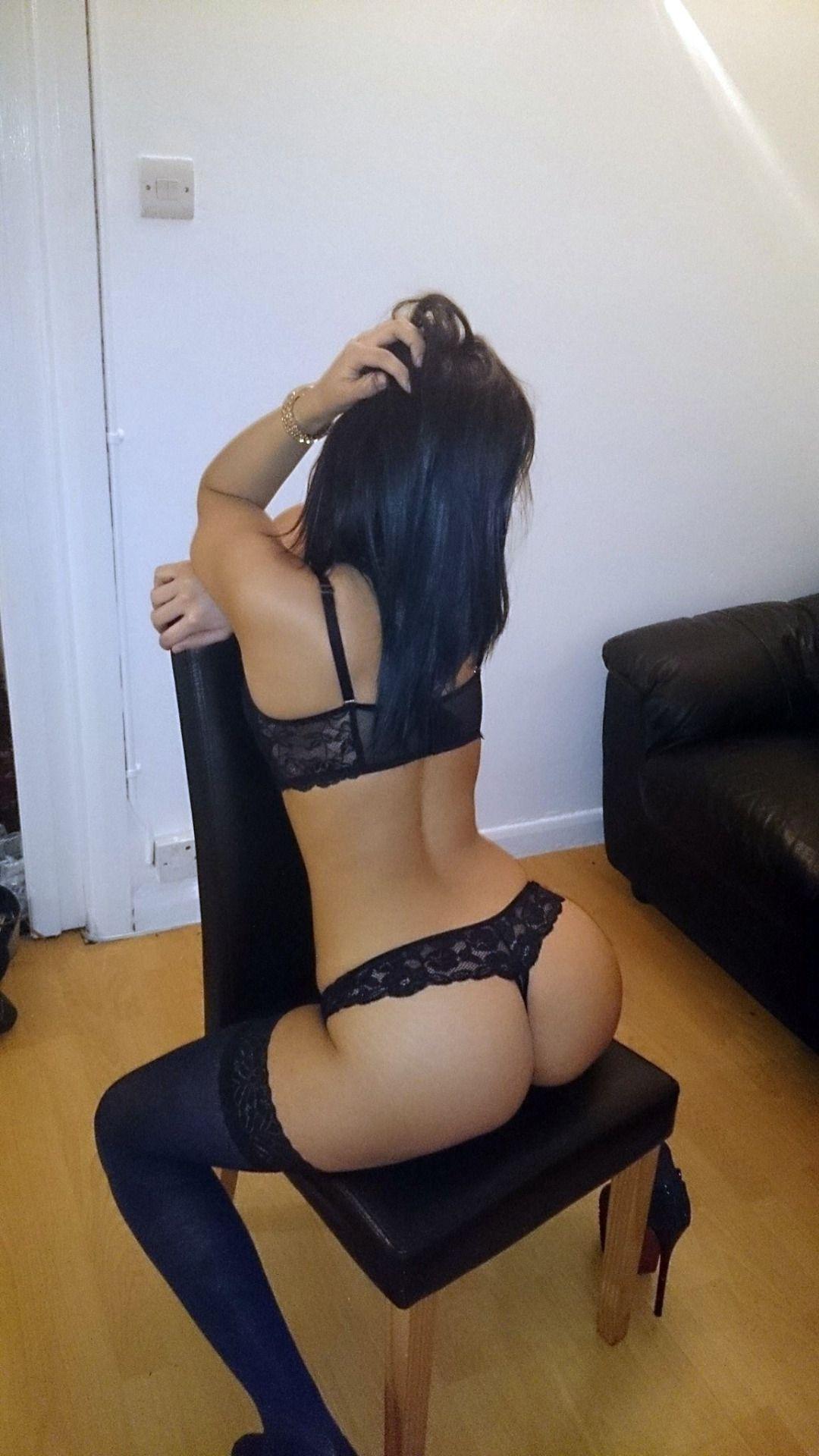 Hung tranny anal
