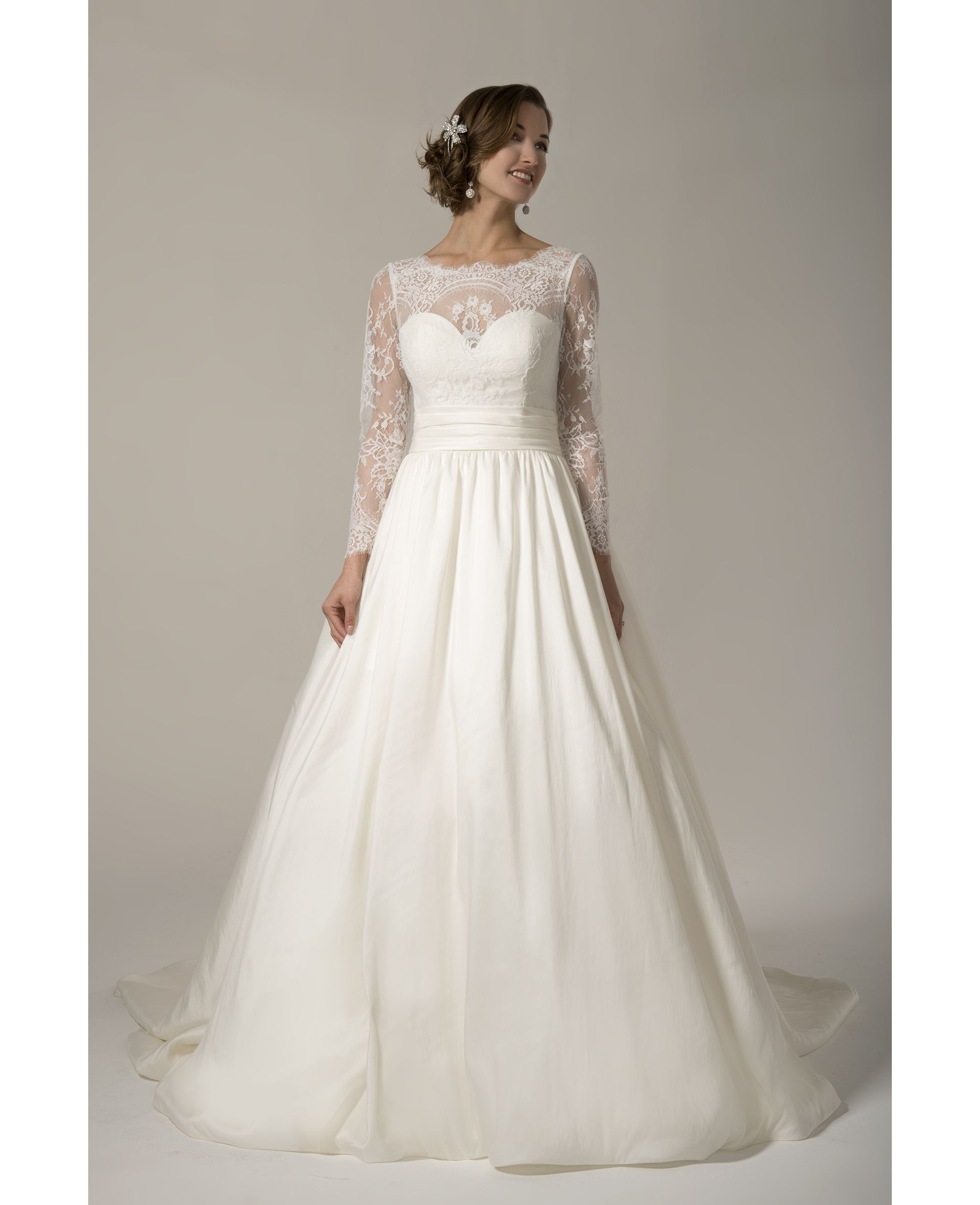 Venus Style TB7736. Available @ Low's Bridal.