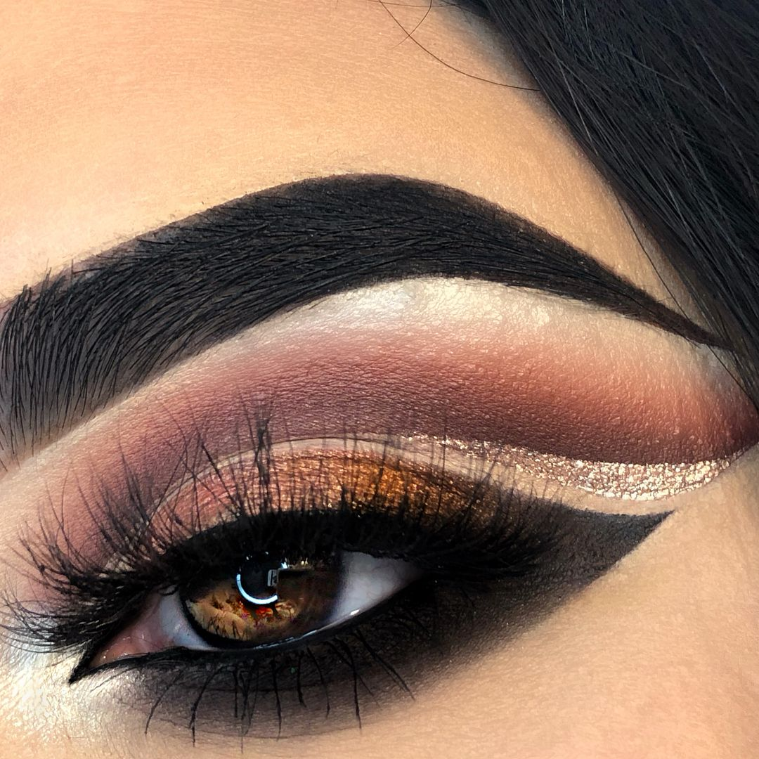 Gorgeous makeup ideas to try, eye makeup, makeup inspiration ,eye makeup ,warm eye makeup , eye makeup new ideas