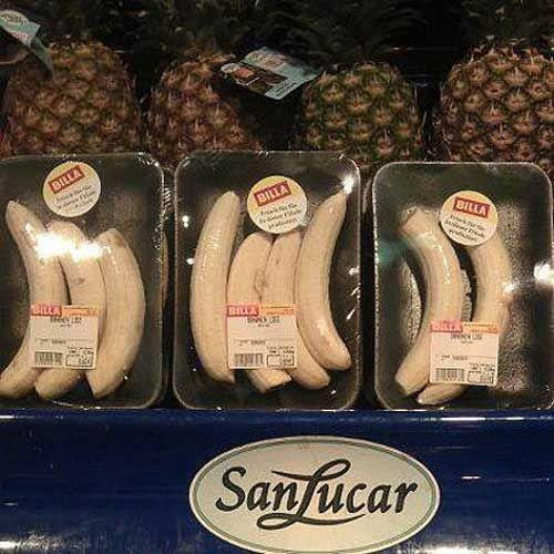 peeled & packed bananas. wtf?!