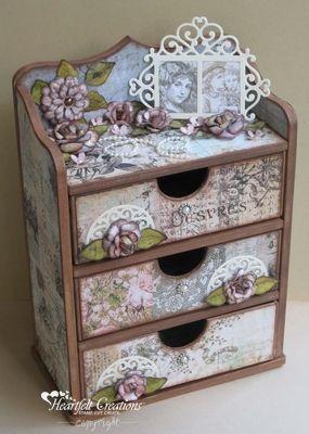 vintage floret chest of drawers altered boxes shabby chic pinterest cartonnage boite et. Black Bedroom Furniture Sets. Home Design Ideas