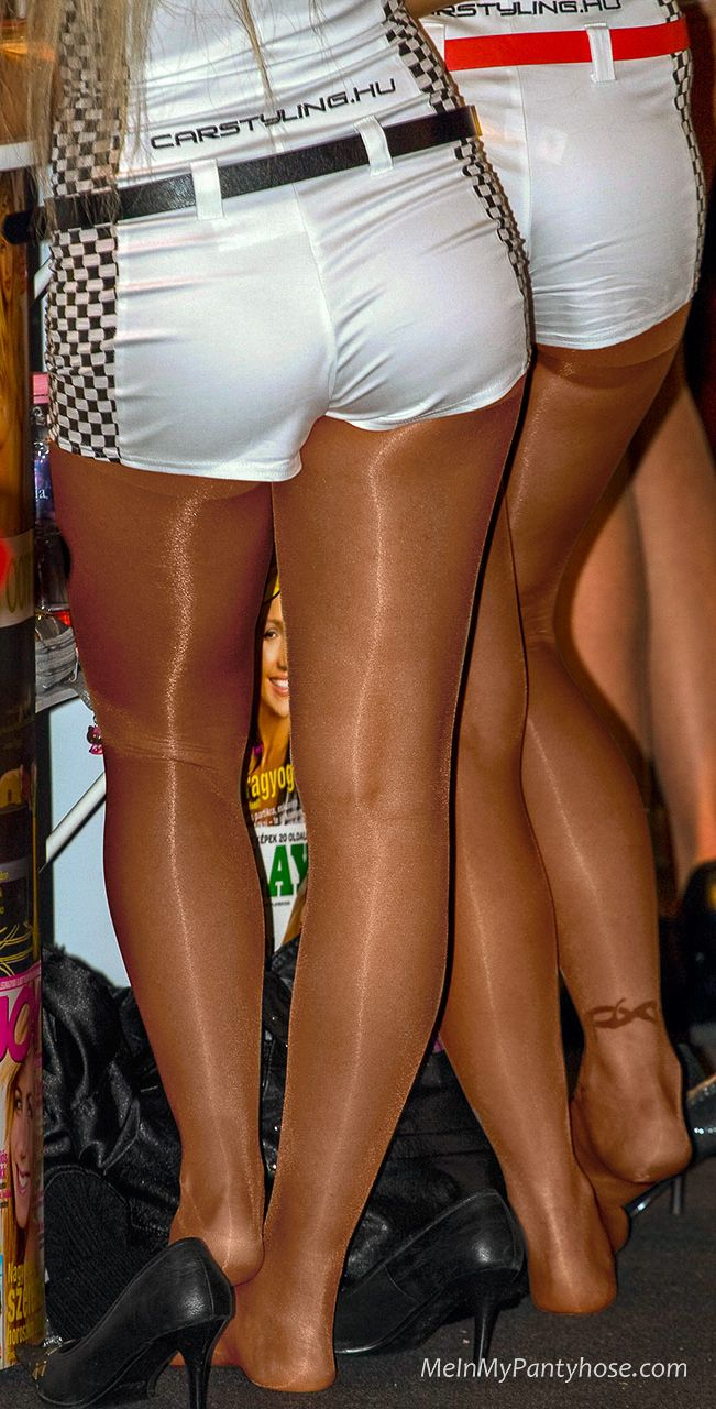 Teen shows wearing their pantyhose the