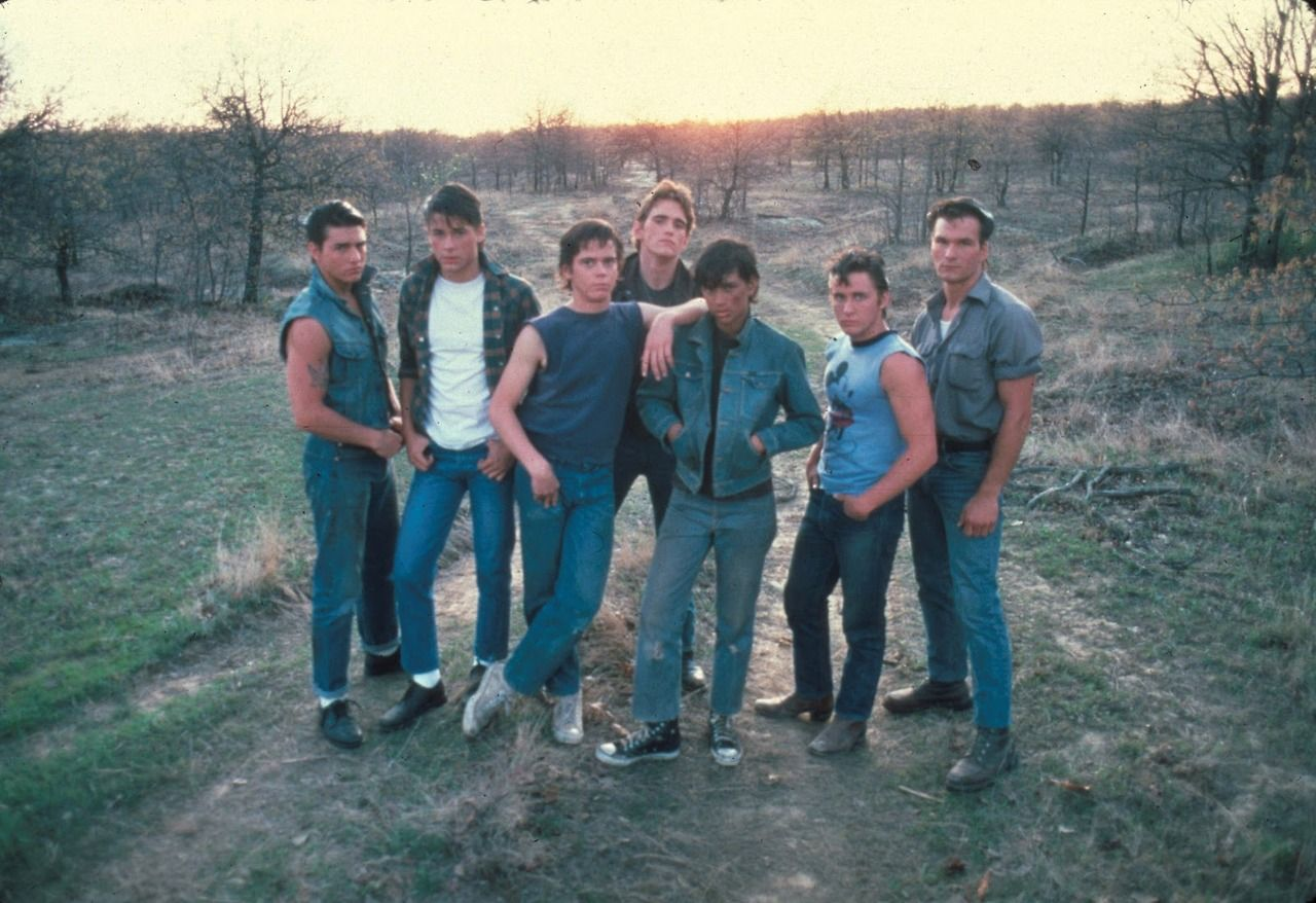 a description of ponyboy and his brother Several greasers, including ponyboy's two older brothers—the paternal darry  and the popular sodapop—come to his rescue.