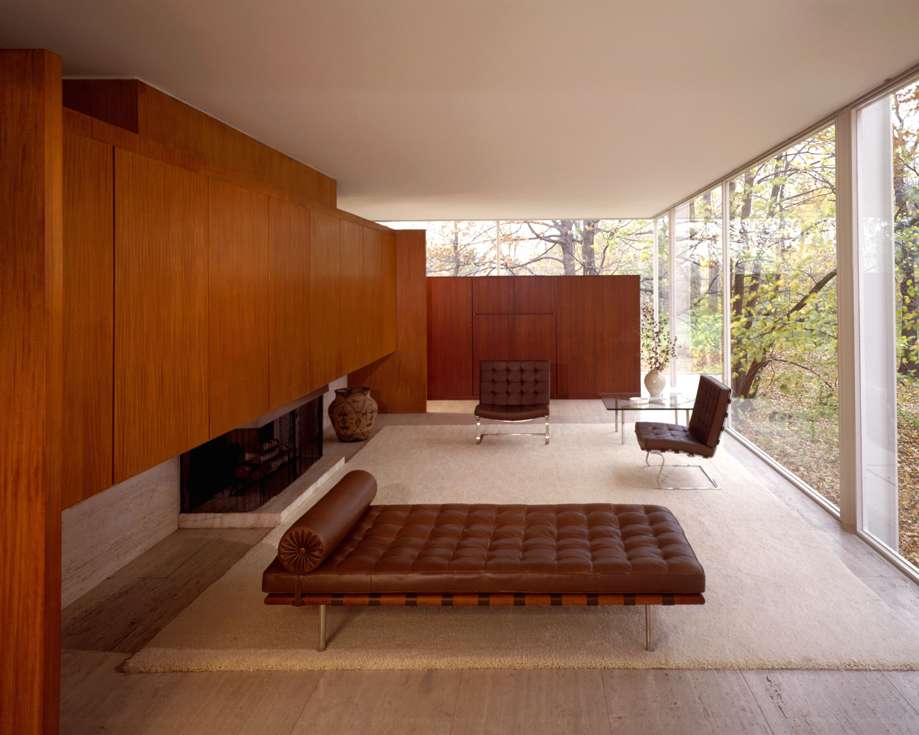The farnsworth house interior illinois 1951 by ludwig mies van der rohe