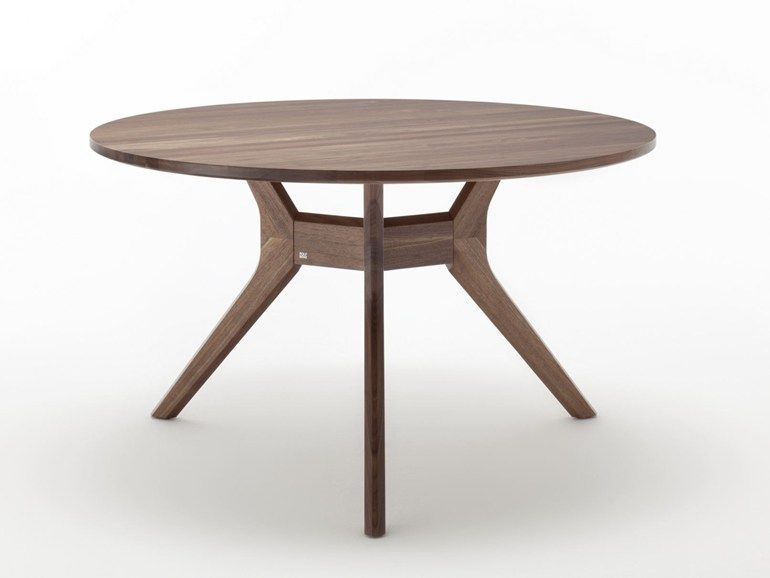 Round Wooden Dining Table Rolf Benz 965 Round Table By Rolf Benz