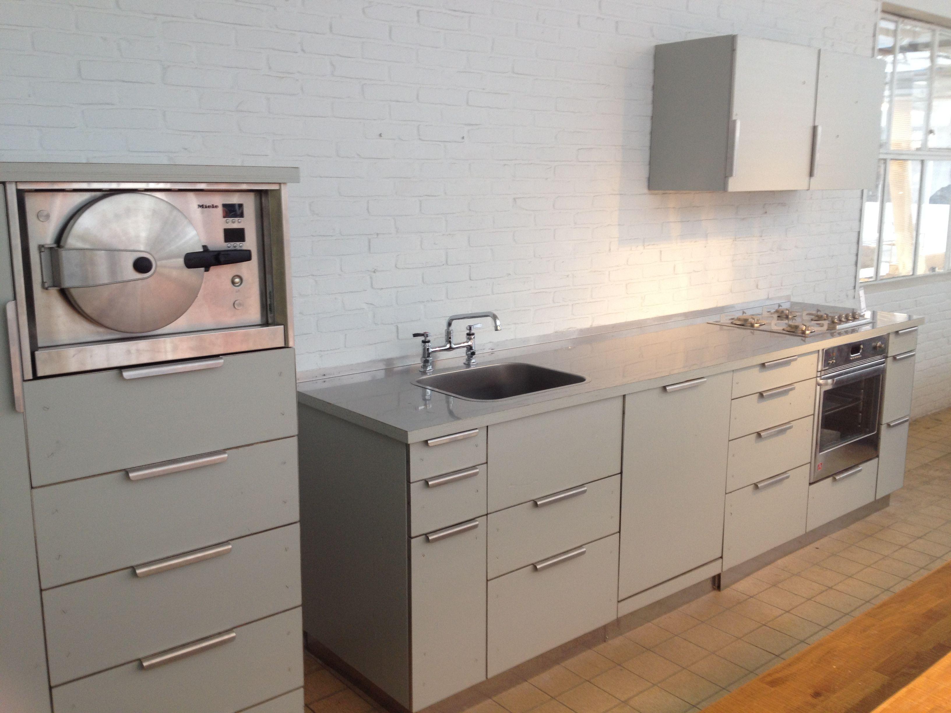 Design Keukens Eindhoven : Dutch design week ddw eindhoven de simplistische keuken van