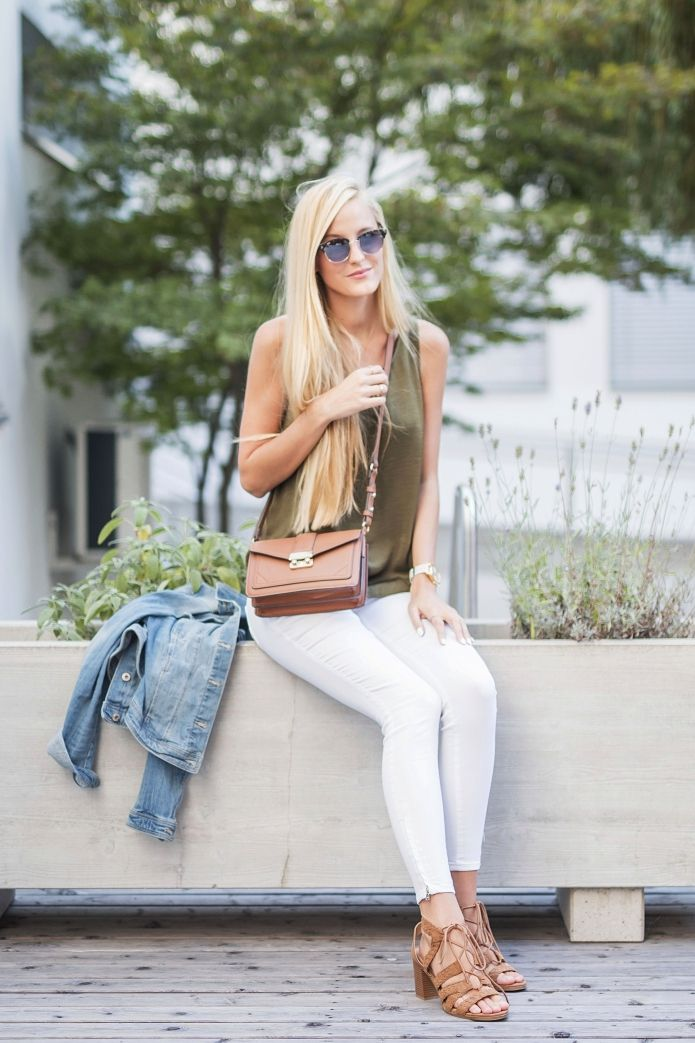 white-jeans-summer-outfit