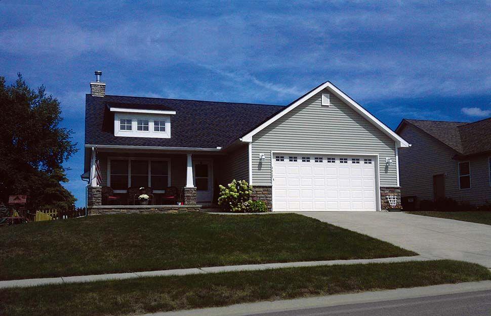 Craftsman Style House Plan 68231 with 3 Bed, 2 Bath, 2 Car Garage #craftsmanstylehomes