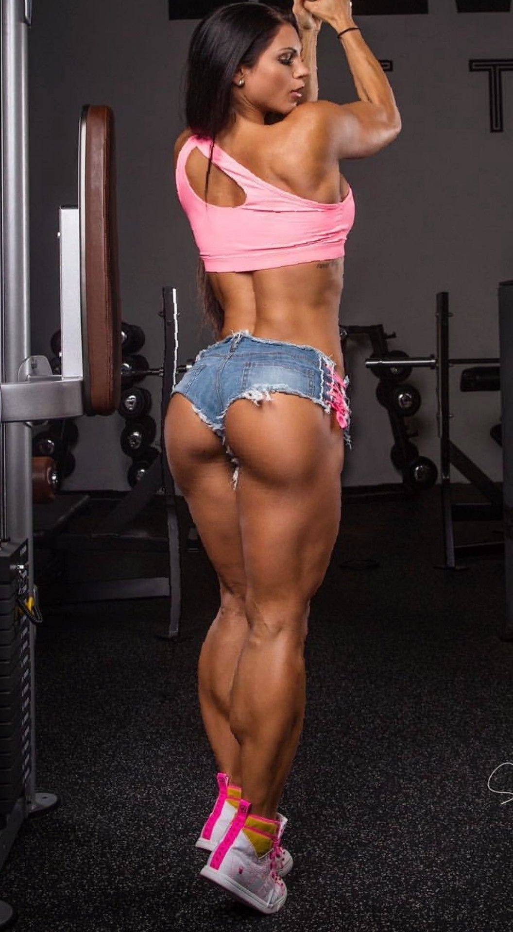 Sexy women weightlifters ass pics 682