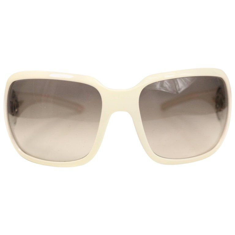 e464fdce82 Chanel White Frame