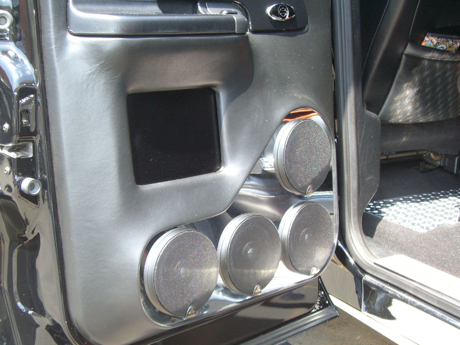 Ford f250 harley 2004 custom rear door panels with four for 04 chevy silverado door speakers
