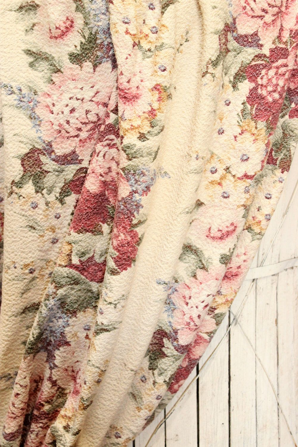Vintage 1930s Peony Cabbage Rose Floral Nubby Barkcloth Fabric