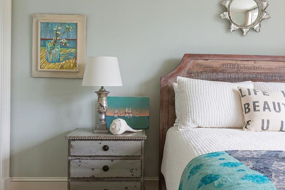 How to Decorate Your Bedroom With a Beach Theme #beachcottagestyle
