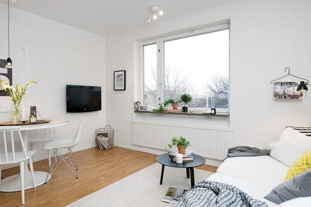 Een kleine woonkamer praktisch ingedeeld. Er is gebruik gemaakt van ...