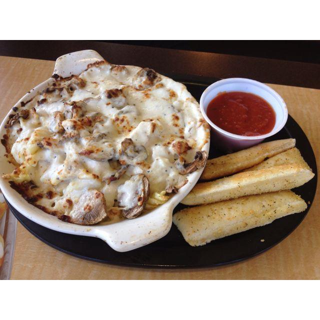 Chicken Mushroom Pasta From Pizza Hut Chicken Mushroom Pasta Recipes Mushroom Pasta