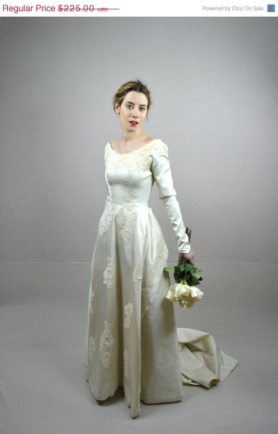 SALE 50s Wedding Dress Vintage 1950s By BreanneFaouzi 16875