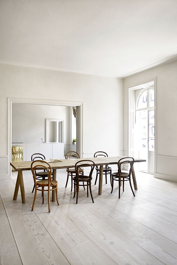A very minimalistic and trendy home in Stockholm