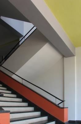 Walter Gropius The Bauhaus School In Dessau Architectuur