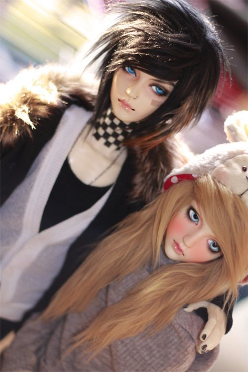 These two scene/emo dolls haha