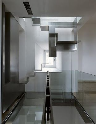 incredible, elegant staircase in this pic by Italian photographer Adriano Pecchio