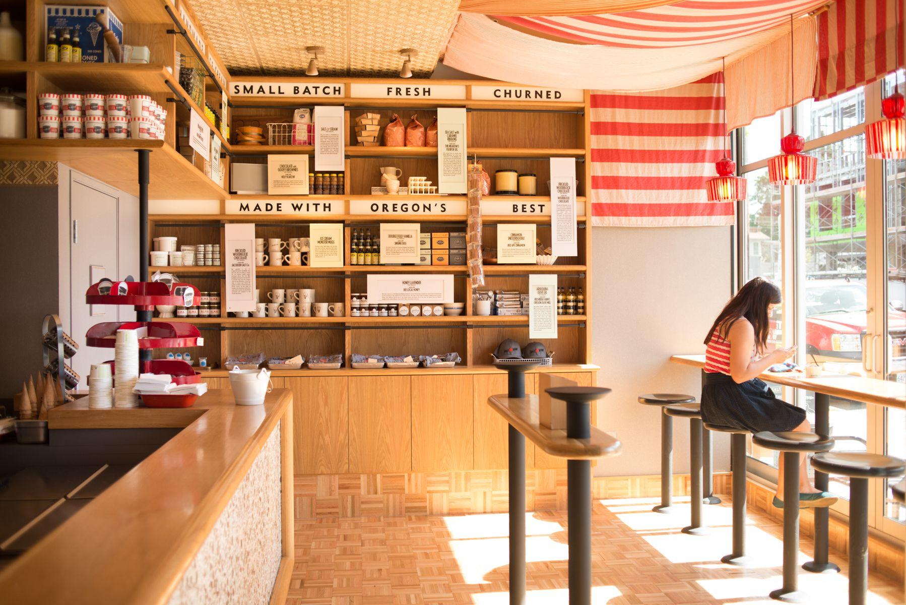 Portland Oregon Salt Straw Salt And Straw Coffee Shop Ice Cream Shop