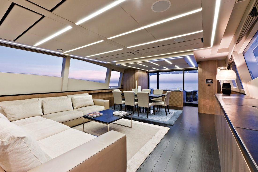 Pershing-108-yacht-09