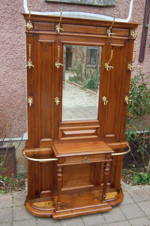 vestiaire porte manteau napol on iii en noyer du 19e s. Black Bedroom Furniture Sets. Home Design Ideas