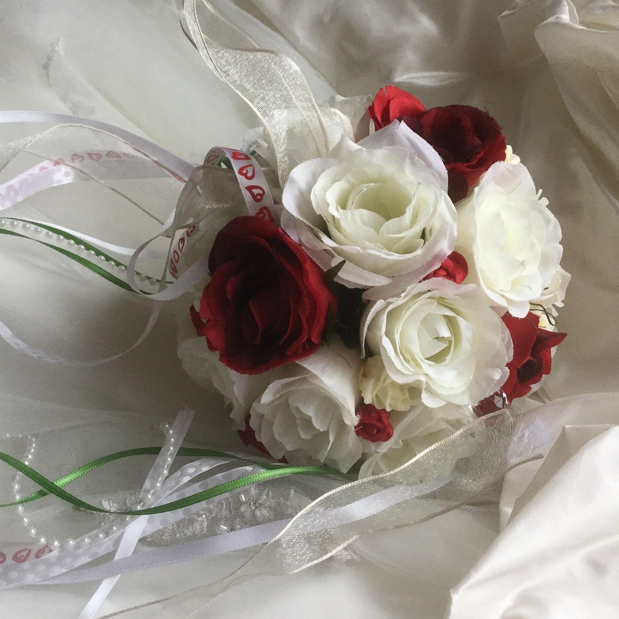 Rosenball Hochzeitsstrauss Rosenkugel Hochzeit Blumen Rosen Perlen