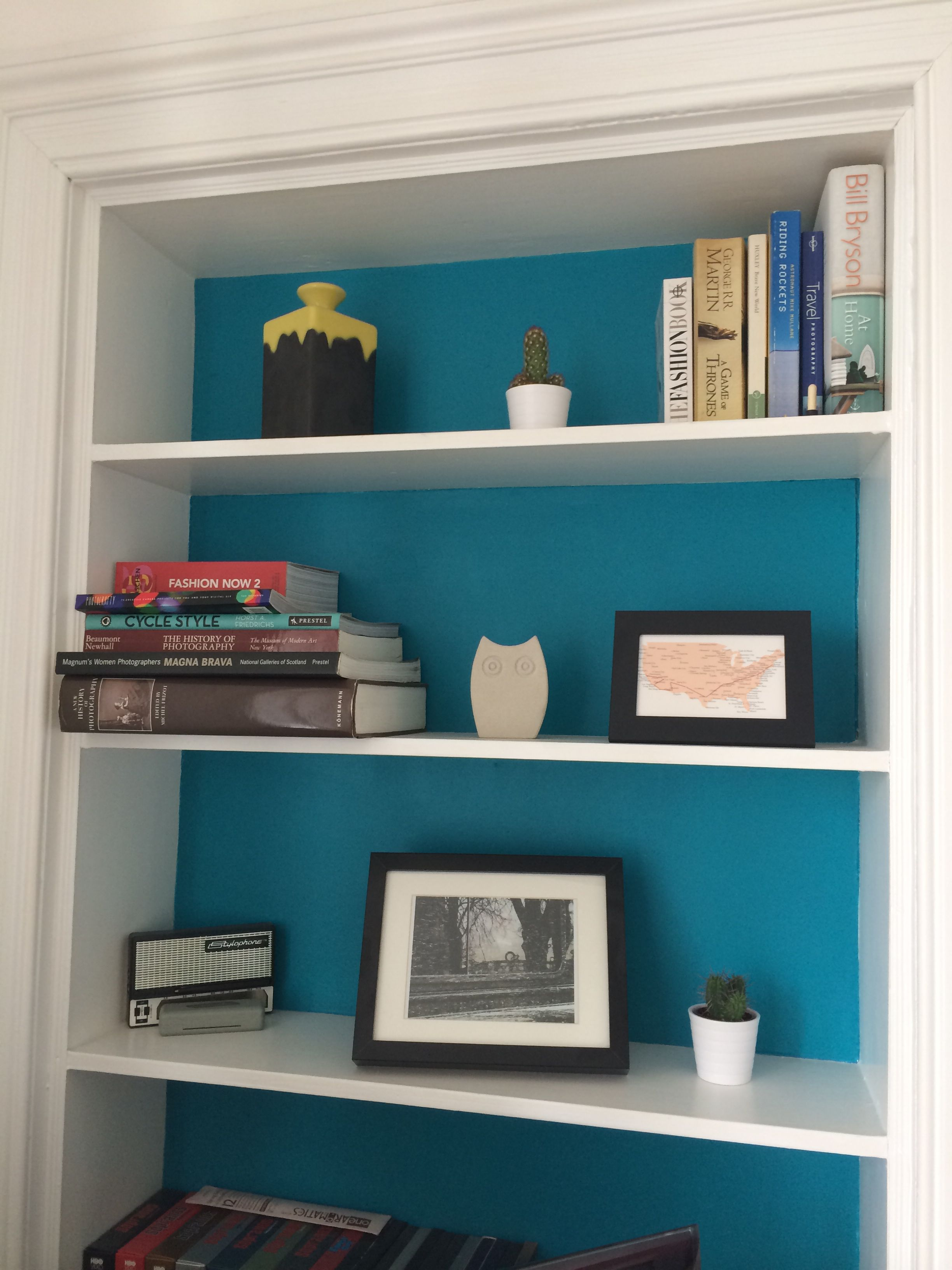Shelves in living room. These are know as an Edinburgh press. | 702 ...