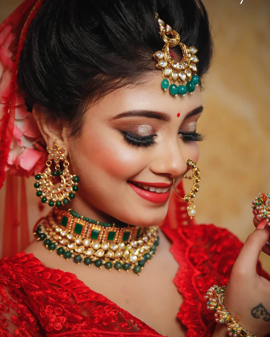 one of the Best pre wedding functions jewellery & Makeup