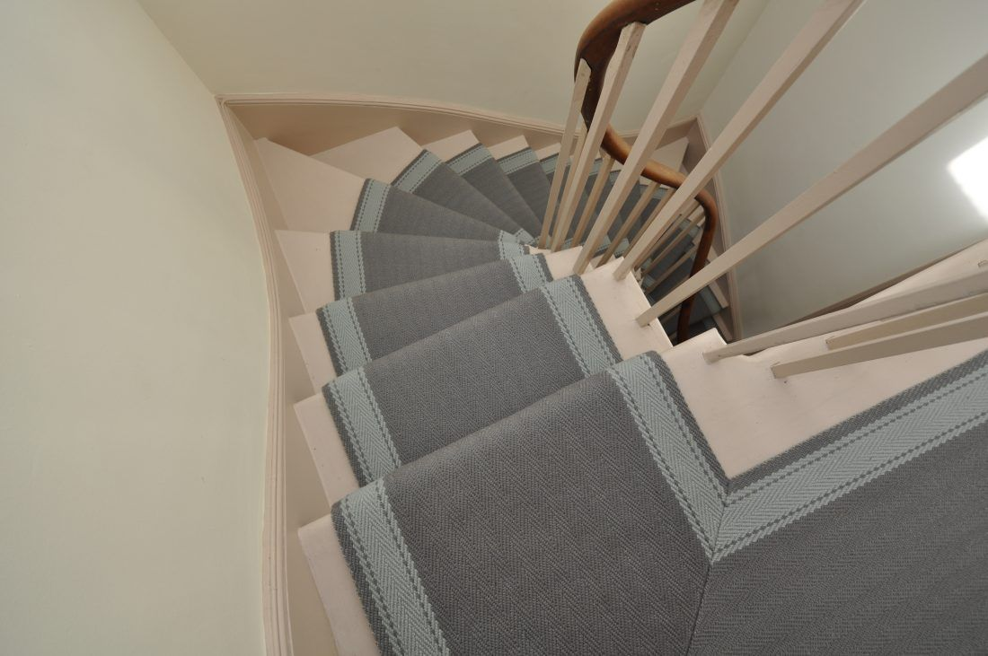 Best Elsdon 2 Narrow Off The Loom Stair Runner Narrow 400 x 300