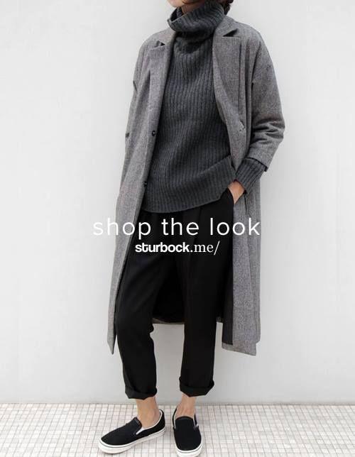 Das Wetter macht uns derzeit einen Strich durch unsere Rechnung, also bleiben wir noch bei kuschligen Winter-Looks mit langem Mantel und Strickpullover. Shop the Look: http://sturbock.me/2rx