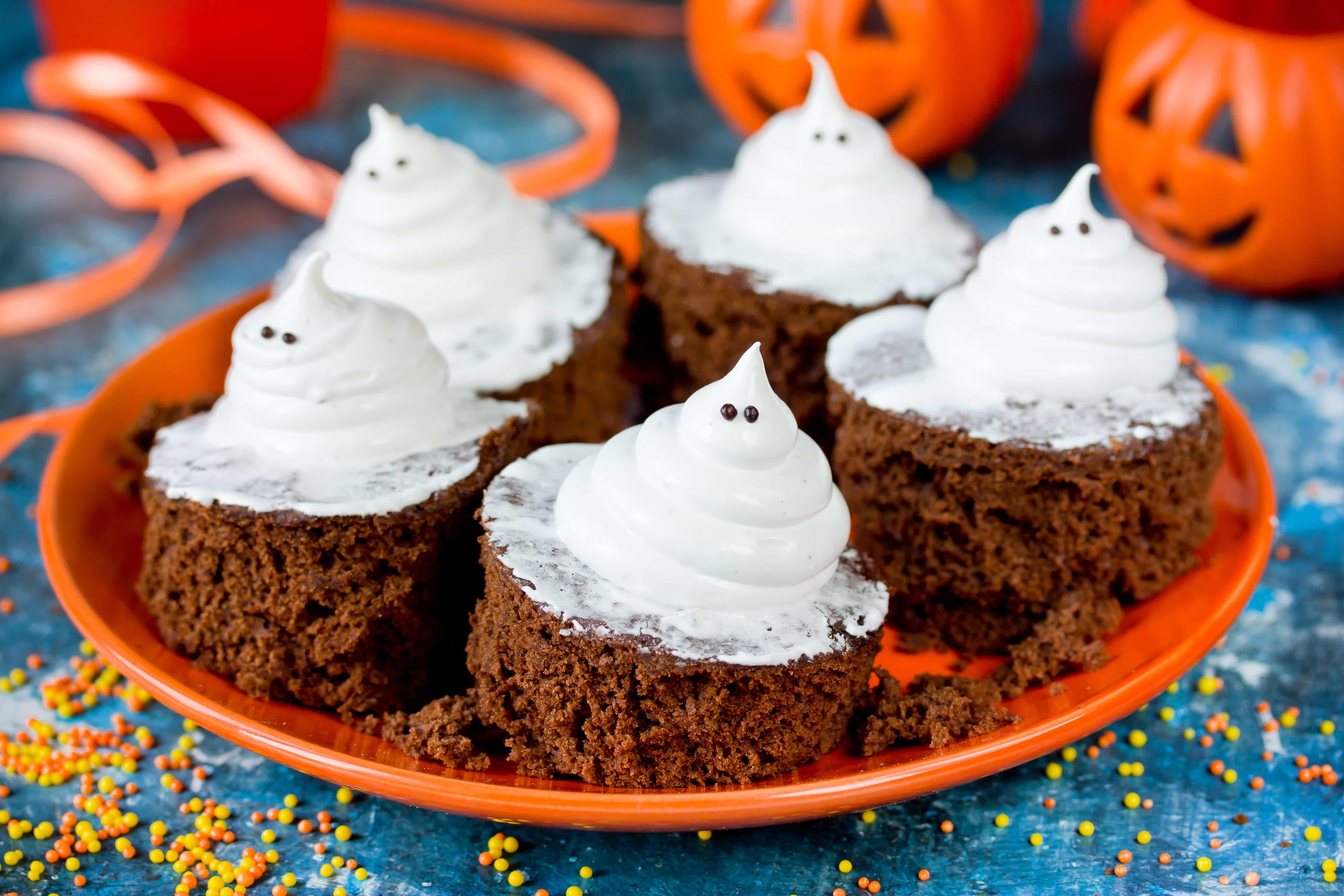 Cupcake Fantasmini di Halloween alla Nutella Ricetta