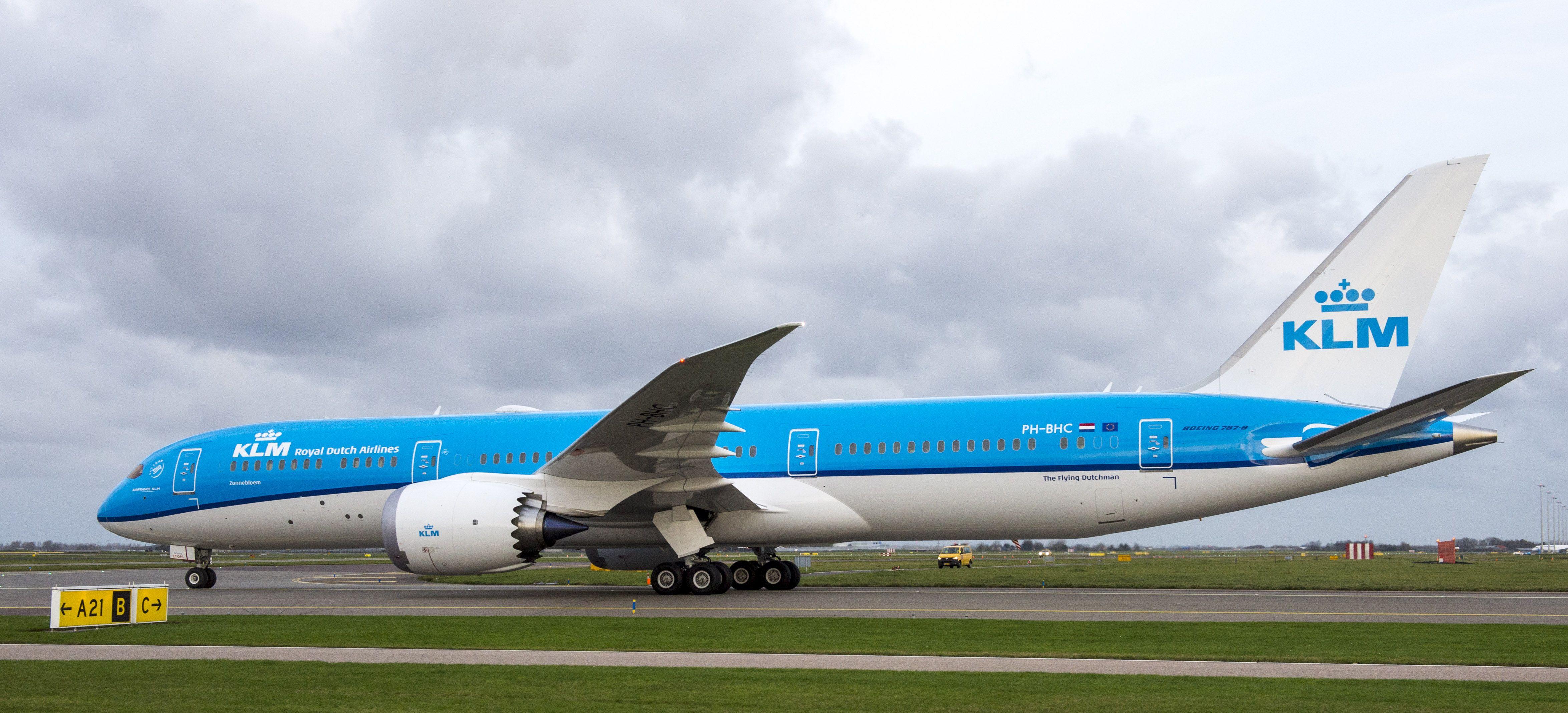 Eerste Boeing 787 Klm Geland Op Schiphol Vliegtuigenspotter Nl Vliegtuig