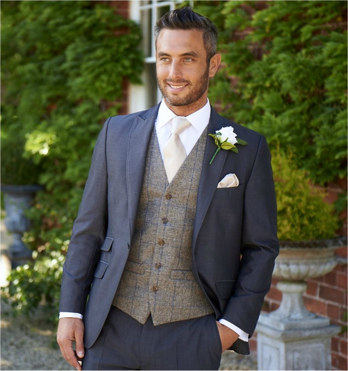 Wedding Suits: Pin By Kay Ericson On Chris Suits In 2019
