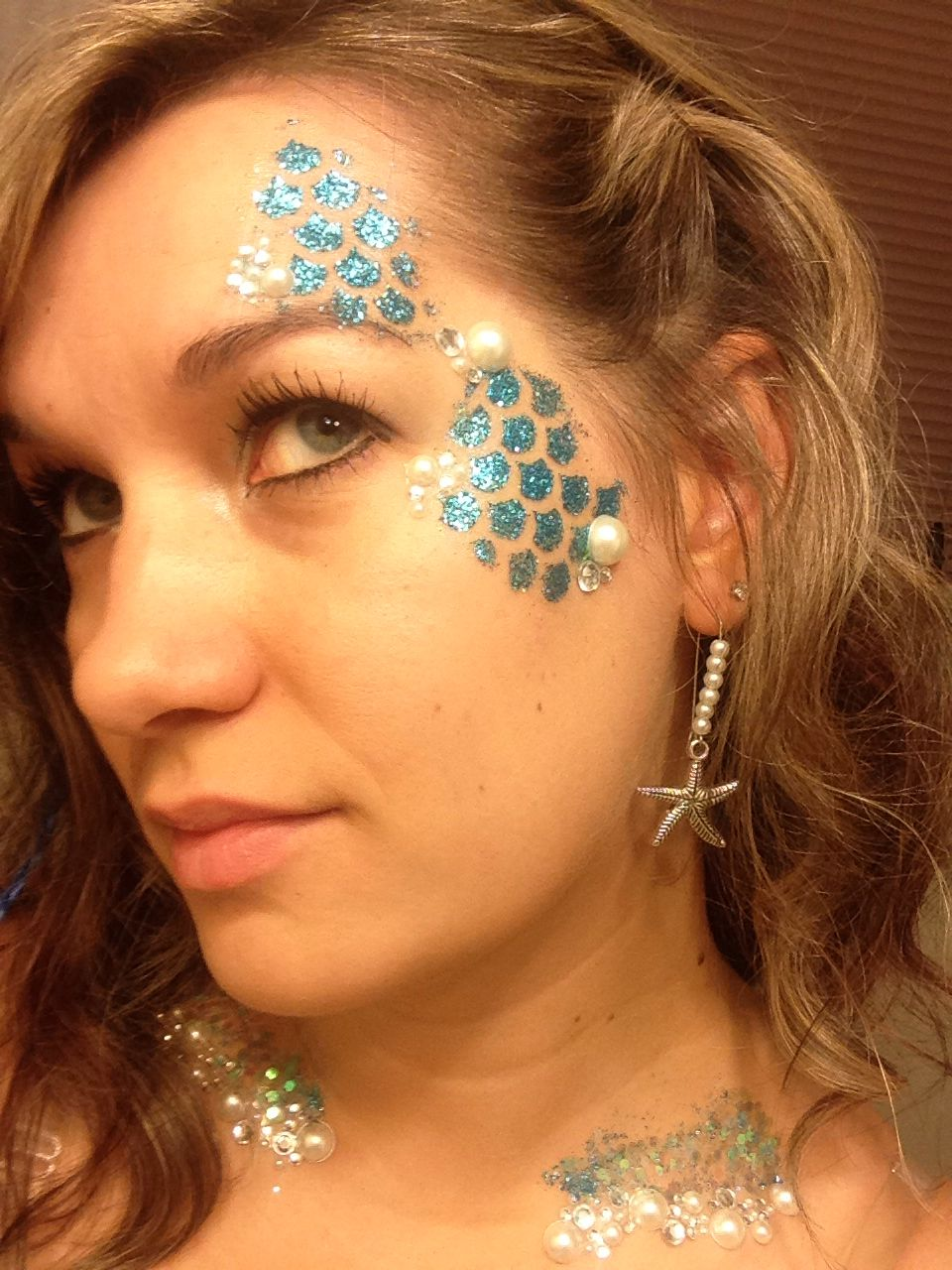 Love The Glitter Scales Mermaid Makeup Body Glitter Fantasy Make Up