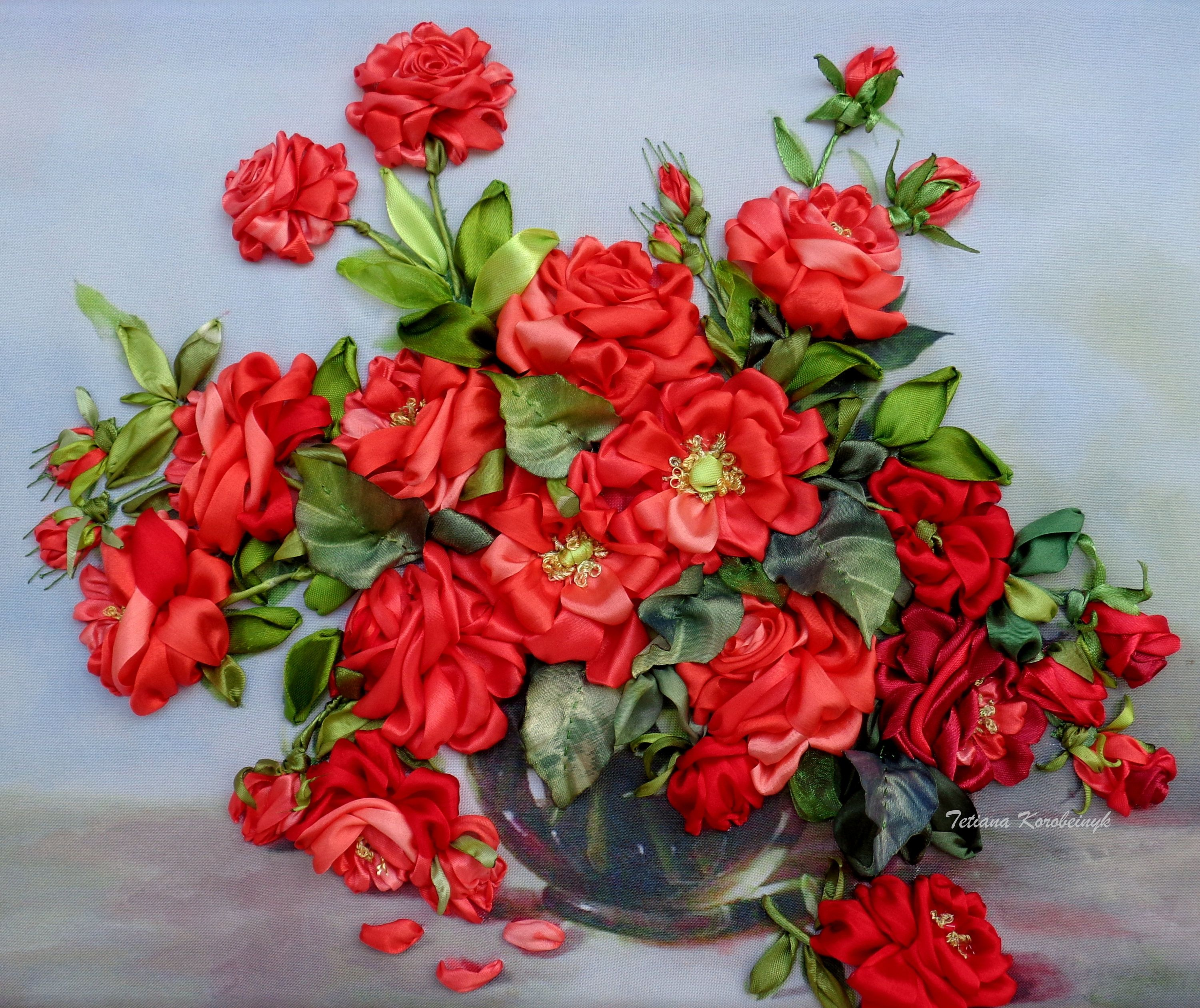 """picture """"Red roses"""",  Silk ribbon embroidery, ribbonwork, art of embroidery, ribbon flowers, 3D picture di SilkRibbonembroidery su Etsy"""