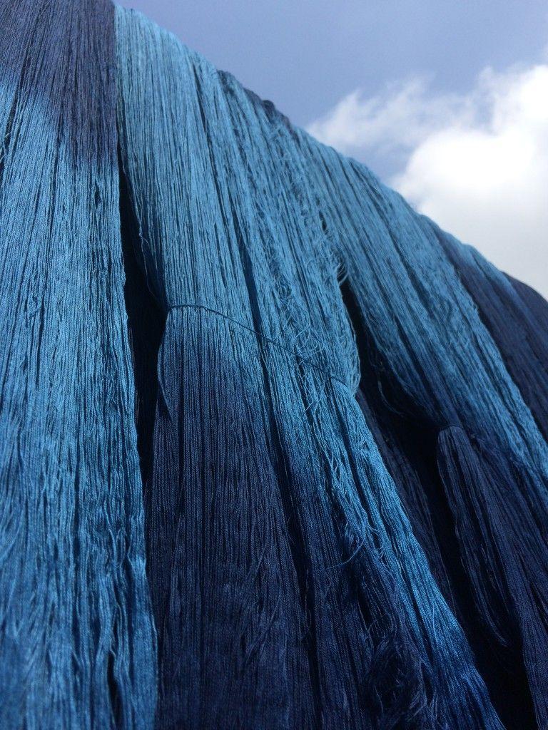 indigo dyeing of the cotton yarn japanese indigo blue pinterest bleu indigo. Black Bedroom Furniture Sets. Home Design Ideas