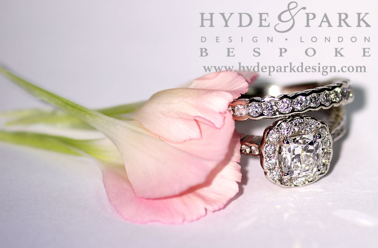 This is a beautiful rub over setting diamond engagement wedding and ...