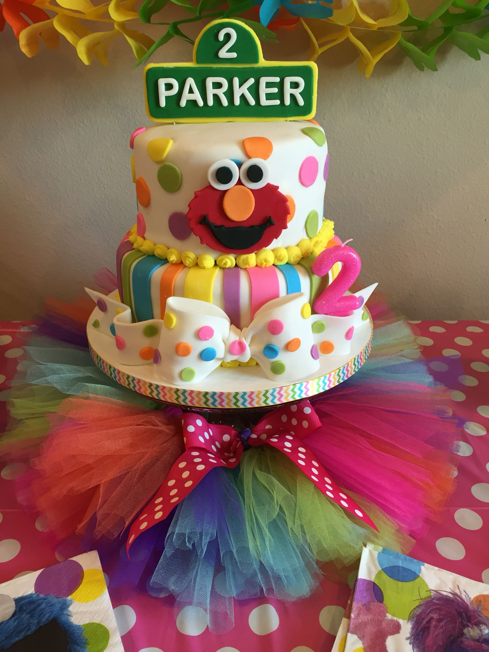 Sesame Street Elmo birthday cake | Elmo birthday, Sesame ...