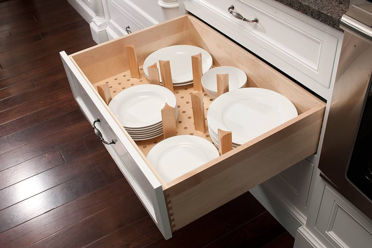 Plate Drawer with dividers | Kitchen cabinets fittings ...