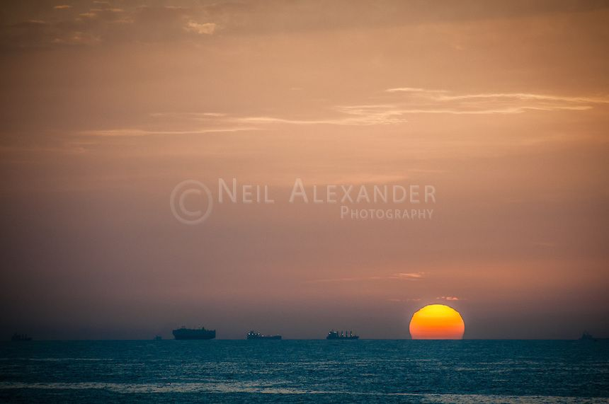 Ships at dawn. Fine Art prints available here - http://neilalexander.photoshelter.com/gallery/Malta/G0000O2UZsEis9fM