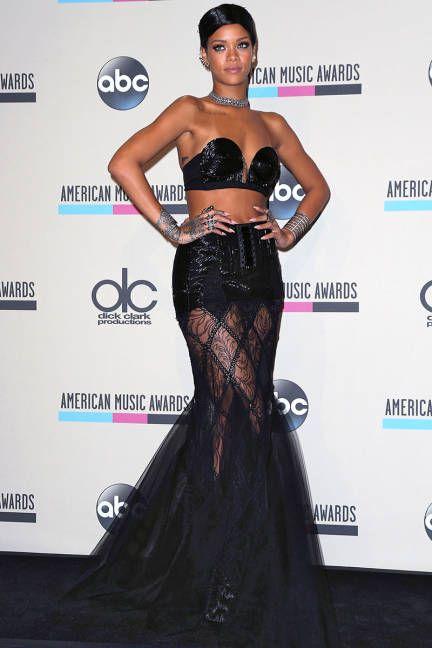 Rihanna - Elle Red Carpet Looks AMA 2013
