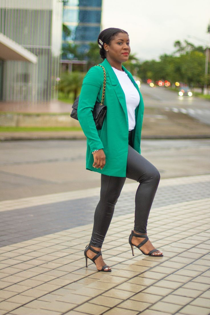 How To Style Leather Leggings In 5 Easy Ways 2019 How To Style Leather Leggings In 5 Easy Ways Faux leather leggings is that one staple that every woman should have in he...