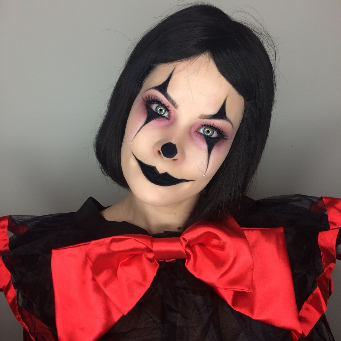 crazy clown makeup for halloween by makeupartist411 halloweencostume halloweenmakeup. Black Bedroom Furniture Sets. Home Design Ideas