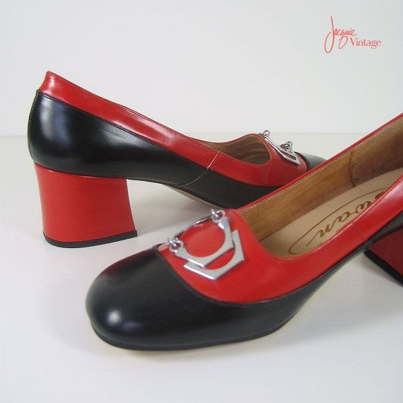 09c2cd455813e Why oh why are these too small?? Yes - I would WEAR! 60s shoes ...