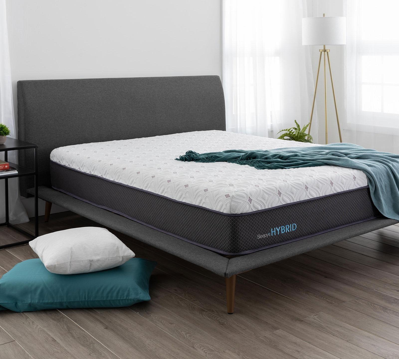 mattress firm sleepy s hush pillow top