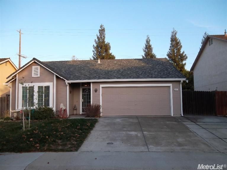 8967 Boreal Way, Elk Grove, CA 95758 — Don't wait to see