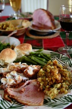 christmas food stuffing salad wine tennessee naturallight ham roll greenbeans cookeville sweetpotatocasserole